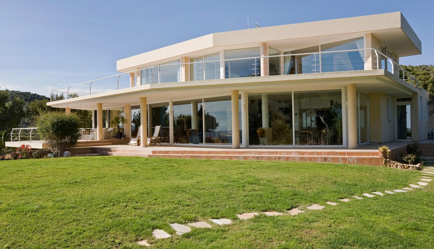 Villas en ibiza ciudad bosch can for Jardin hormiguita viajera villa bosch