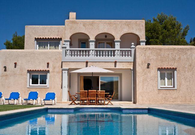 Villa en Ibiza - THE POND ,VILLA (Casa Coqueta)