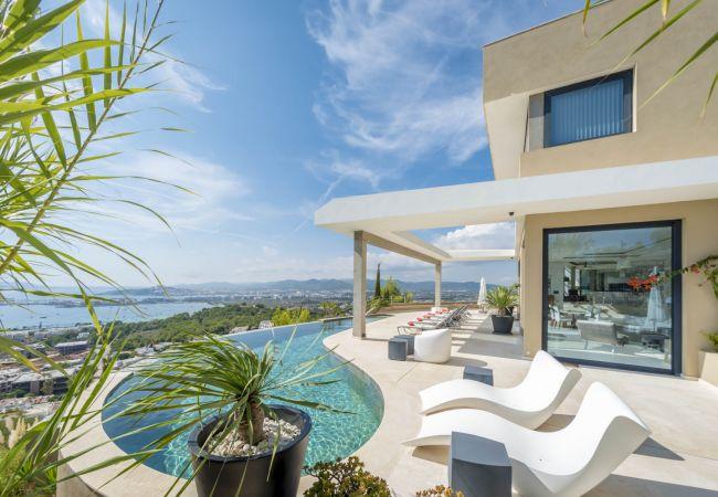 Villa en Ibiza - MIGUEL SIMO