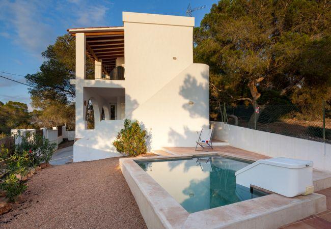 Villa en Sant Josep de Sa Talaia / San Jose - VILLA CALA BASSA, CASA ENTRE PINOS