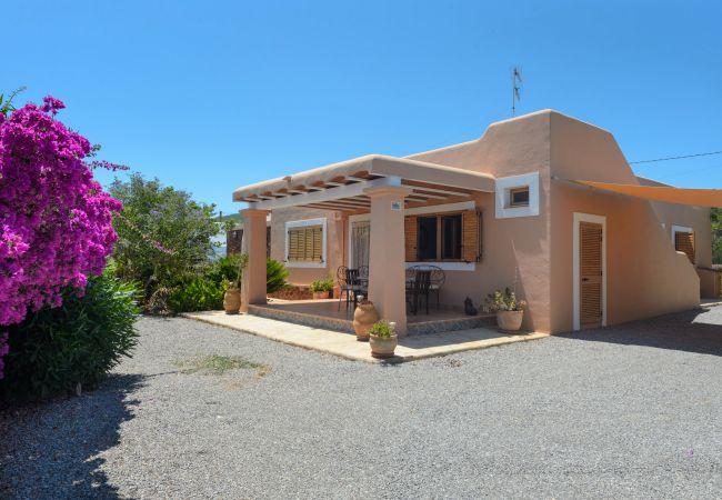 Villa en Santa Eulalia del Río - LAIA Y ERIKA
