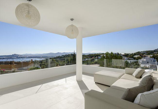 Villa en Ibiza - MERCEDES SIMO