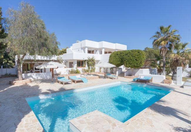Villa en Ibiza - VILLA SENIS 8 PAX