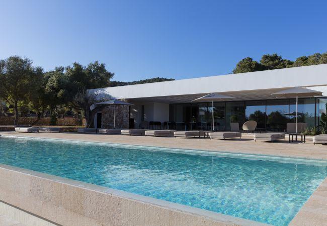 Villa en Santa Eulalia del Río - VILLA DAVROS