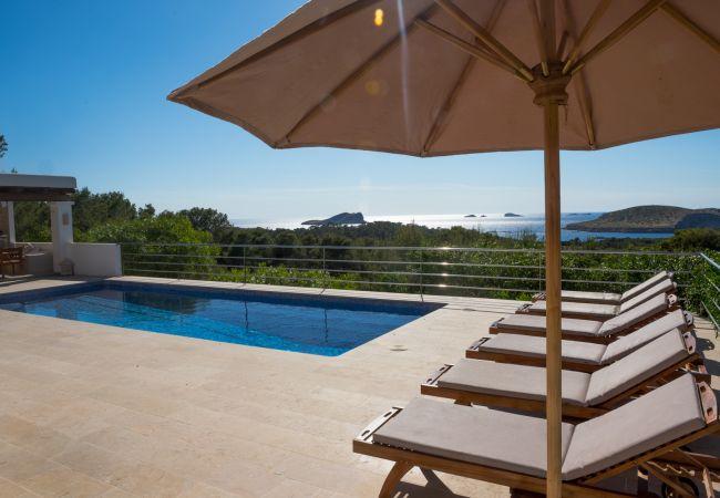 Villa in Sant Josep de Sa Talaia - VILLA BUENAVISTA - Cala Bassa
