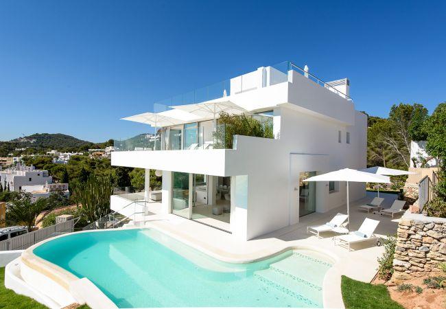 Villa in Ibiza - VILLA SUNLIGHT