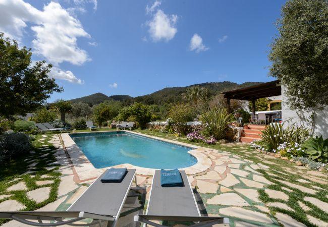 Villa à Sant Josep de Sa Talaia / San Jose - SASTRE (CAN) - Can Pere Viñe
