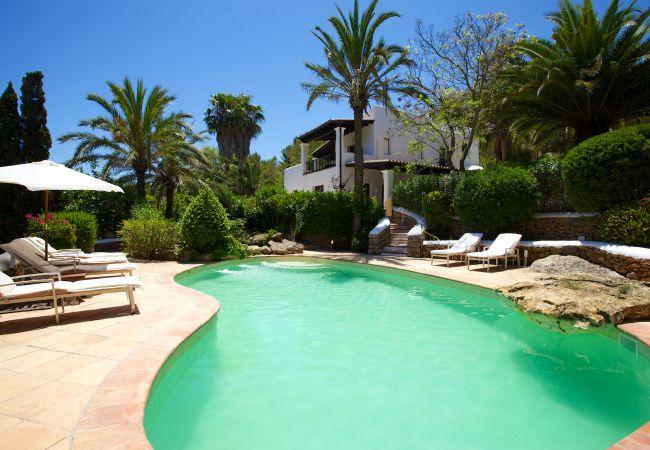 Villa à Santa Eulalia del Río - BOUGANVILLA, CASA