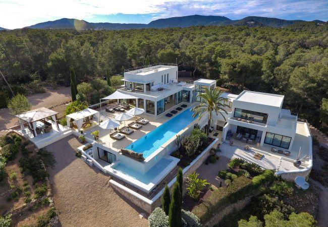 Villa in Ibiza - SACHA (Can Jondal)