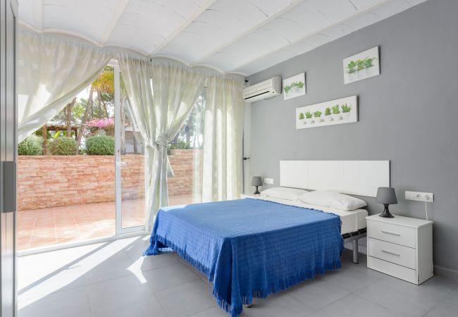 Villa in Santa Eulalia des Riu - LAS FLORES 12 PAX