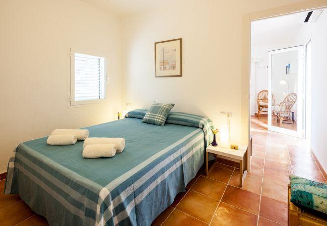 Villa in Sant Josep de Sa Talaia - VILLA CALA BASSA, CASA ENTRE PINOS