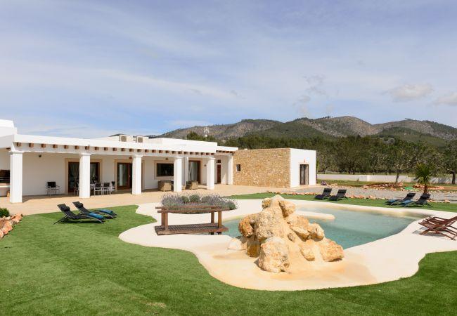 Villa in Sant Llorenç de Balafia - RACO DE SA VINYETA