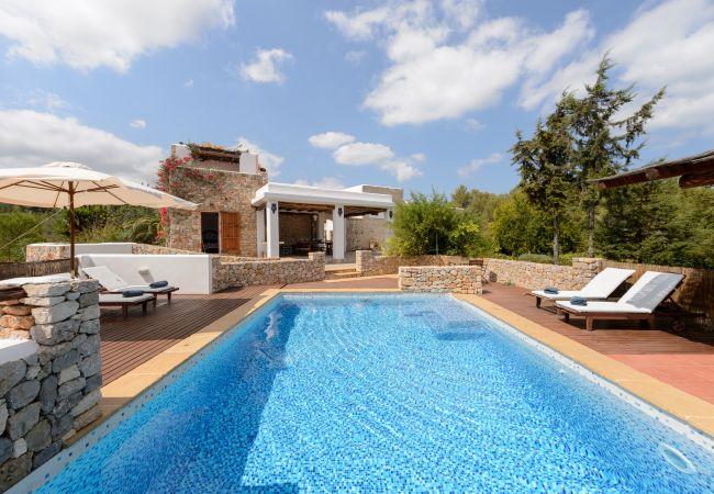 Villa in San Miguel/ Sant Miquel de Balansat - ES CUCONS