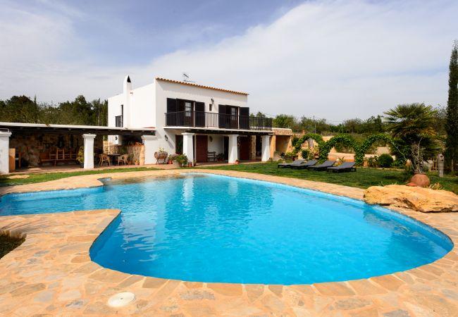 Villa in San Rafael de Sa Creu/ Sant Rafael de Sa Creu - COIXET, CAN