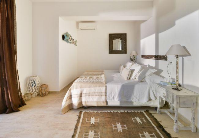 Villa in Sant Antoni de Portmany - ES REPOS