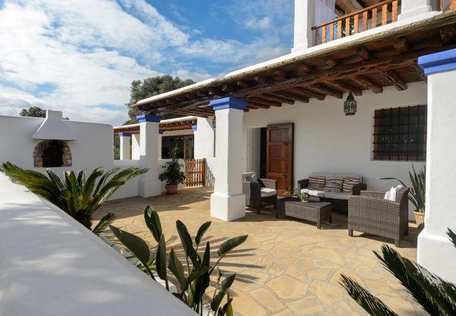 Villa in San Carlos/ Sant Carles de Peralta - VILLA ANDREUET