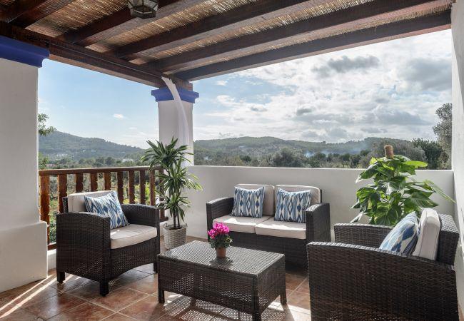 Villa in San Carlos/ Sant Carles de Peralta - ANDREUET