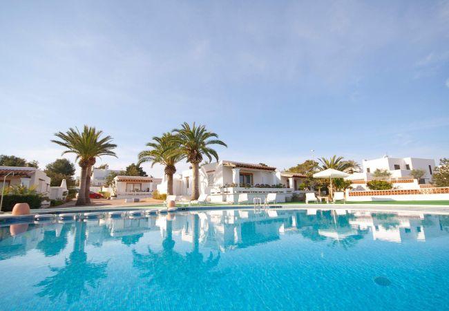 Residenz in Sant Josep de Sa Talaia / San Jose - VILLA LUX MAR 1