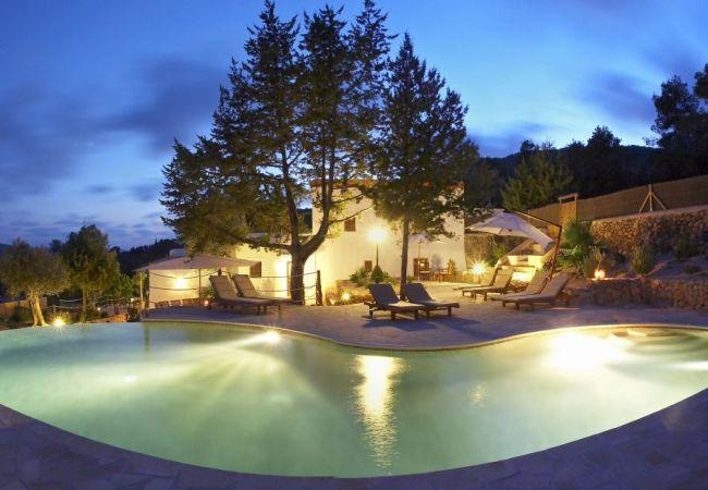 Villa in San Carlos/ Sant Carles de Peralta - VICH, CAN (Can Cosmi d'en Vich)