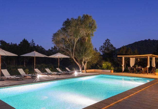 Villa in San Rafael de Sa Creu/ Sant Rafael de Sa Creu - PARRA, CAN (Can Fumeral)