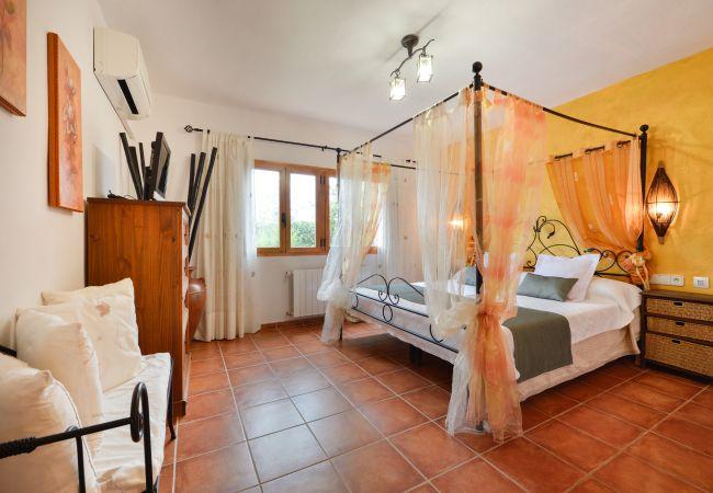 Villa in Santa Eulària des Riu - LAIA Y ERIKA