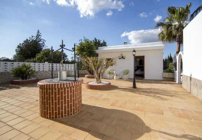 Villa in San Rafael de Sa Creu/ Sant Rafael de Sa Creu - VILLA ROSITA 6 pax