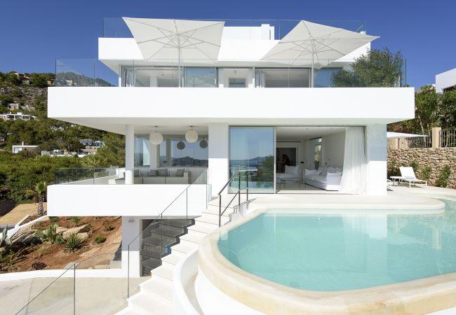 Villa in Ibiza - MERCEDES SIMO