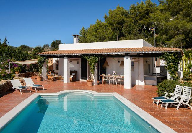 Villa in San Carlos/ Sant Carles de Peralta - PATRI, CASA